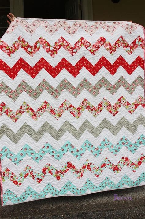 super zig zag quilt pattern i love lovely babies 25 super cute kid approved nail art