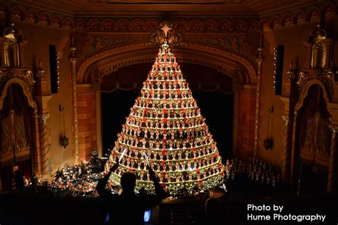 singing christmas tree photos