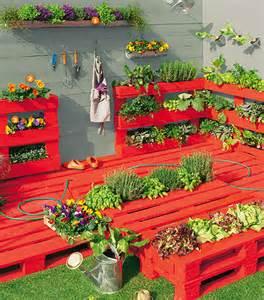 potager en palette coach jardin jardineries truffaut