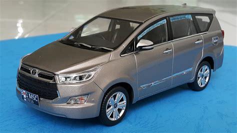 uing toyota innova custom toyota innova 2016 diecast car 1 32