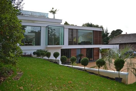 glass front house designs oxted house located in england keribrownhomes