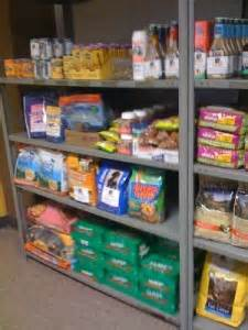 Food Pantry For Dogs by Chicago Programs That Keep Pets And Families Together