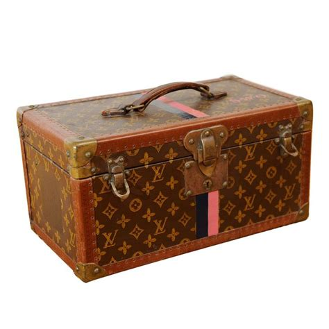 20963 Rice White 25 best louis vuitton trunk trending ideas on
