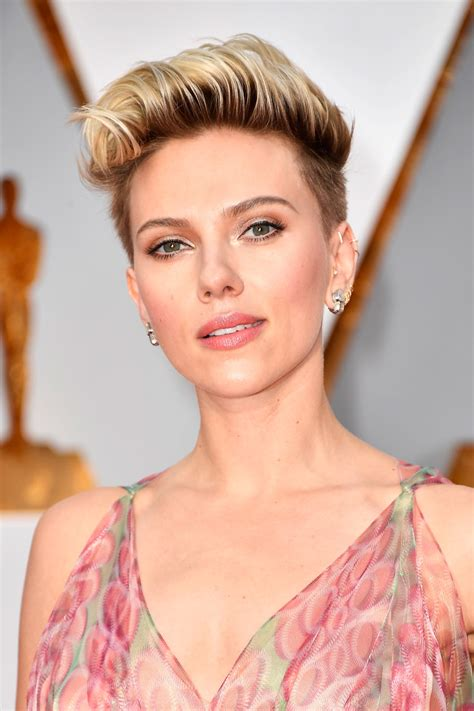scarlett johansson and awful ocscar hairdo 28 of the best beauty looks at the oscars beautyeditor