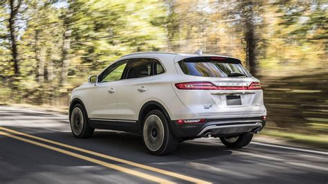2019 Lincoln Mkc by Facelifted 2019 Lincoln Mkc Adopts Continental Grille