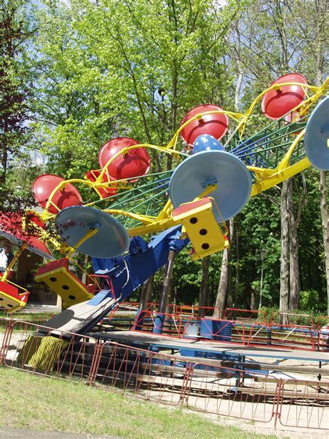 theme park for under 10s amusement park