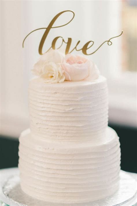 Wedding Cake Toppers Simple by Best 25 Cake Toppers Ideas On Wedding Cake