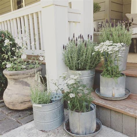 Porch Planters Ideas by 42 Best Summer Porch Decor Ideas And Designs For 2017