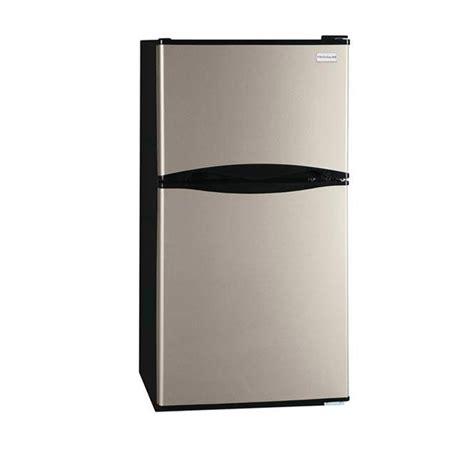 shop frigidaire 4 5 cu ft compact refrigerator with freezer compartment silver mist energy