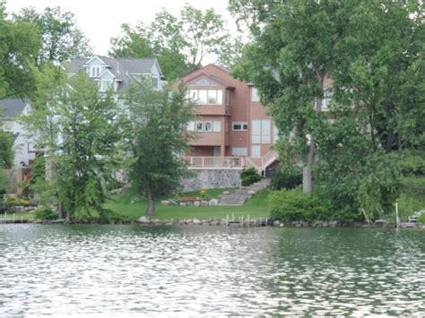 waterfront properties w bloomfield mi oakland county