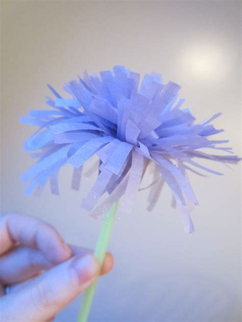 Easy Flower With Tissue Paper - easy tissue paper flowers crafts