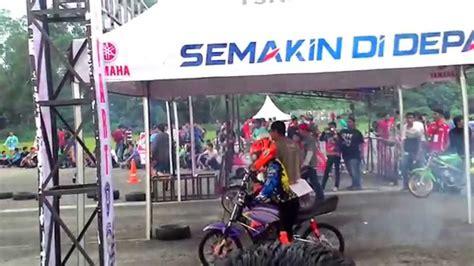 balap liar drag satria fu vs rx king marcel unchol satria fu vs rx king drag bike padang