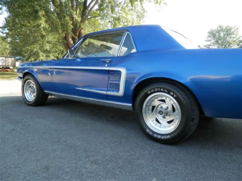1967 ford mustang coupe 289 engine 3 speed 8 cylinder
