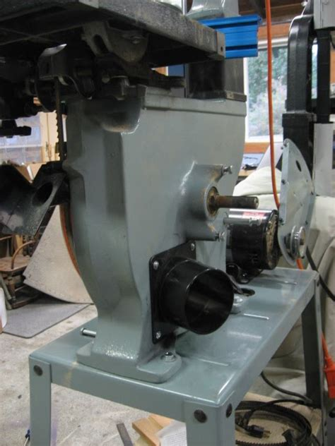 The Crooked Nail Bandsaw Dust Collection