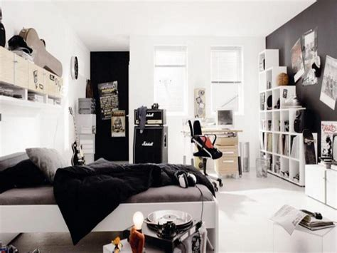cool bedrooms for guys bedroom at real estate