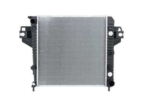 Radiator For 2004 Jeep Liberty 2004 Jeep Liberty Limited 3 7 Liter V6 Radiator Auto Or