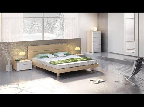 letti moderni in legno letto con testiera e giroletto in legno in stile moderno