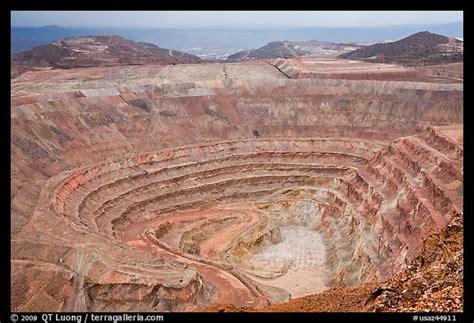 arizona pit picture photo open pit mine morenci arizona usa