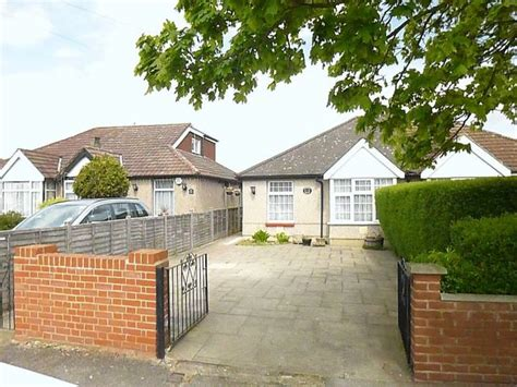 2 bedroom house for rent in hayes 2 bedroom detached house for sale in pinkwell avenue hayes ub3