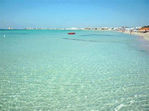 porto cesareo spiagge la spiaggia di torre lapillo da non perdere nel salento