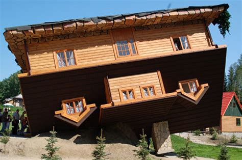 upside down house poland the upside down house 171 the log builders