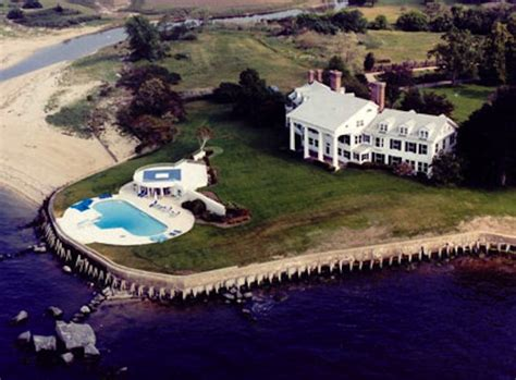the great gatsby mansion mansions of yesterday pricey pads
