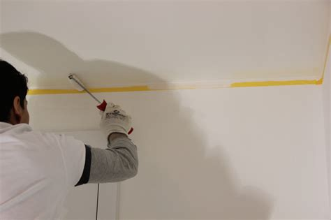 Houten Plafond Schilderen by Hoe Schilder Je Een Plafond Colora Be
