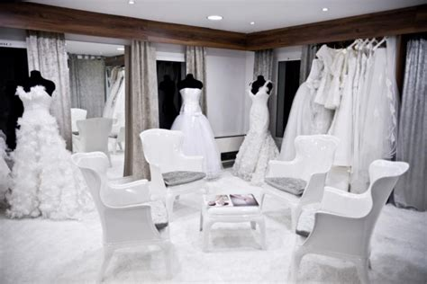 Magasin Robe De Mariée Poitiers - magasin de robes de mari 233 e 224 marseille 13011 le salon blanc