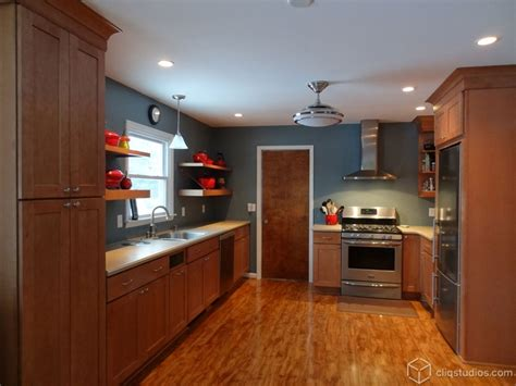 kitchen wall colors with maple cabinets 79 best images about maple kitchen cabinets on pinterest