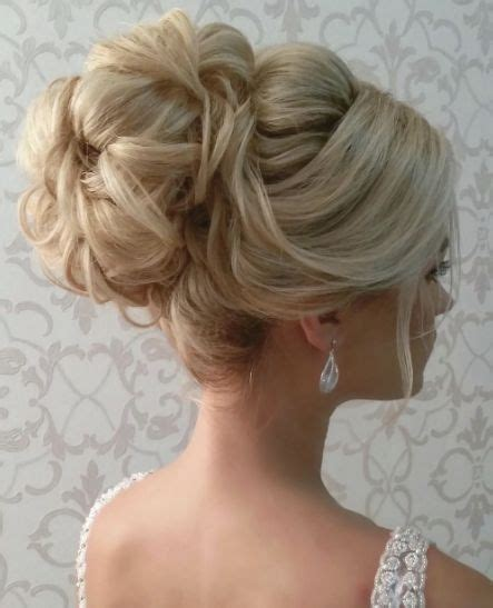 Wedding Upstyles by 25 Best Ideas About Wedding Upstyles On