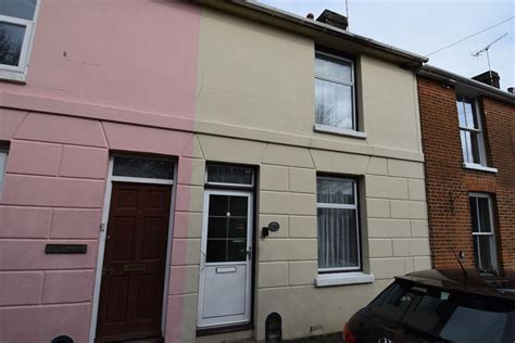 2 bedroom house canterbury for sale 2 bedroom terrace house in canterbury
