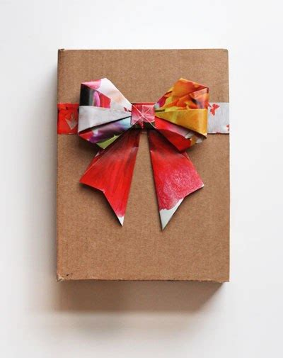 Origami Bows - how to diy origami paper gift bow