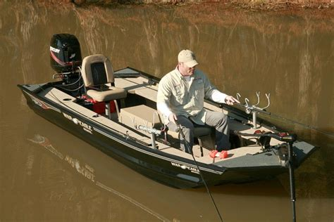 crappie fishing boat accessories research 2014 war eagle boats 648 vs deluxe on iboats