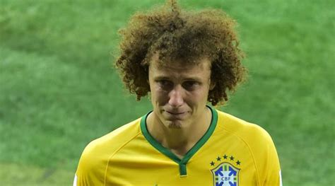 brasil contra holanda david luiz llorando pido