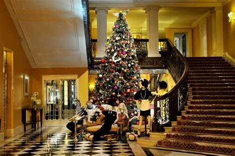 hotel holiday spirit decorations from around the world