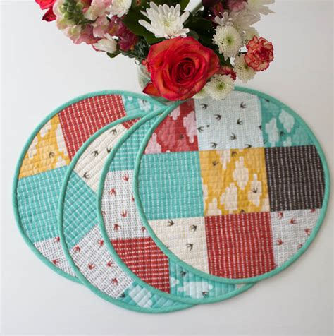 How To Make Quilted Placemats by 28 Free Quilted Table Runners Pattern Guide Patterns