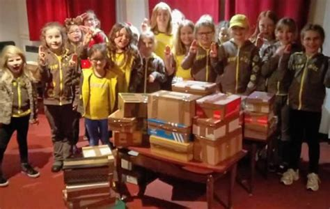 brownies send shoebox gifts to soldiers in iraq for
