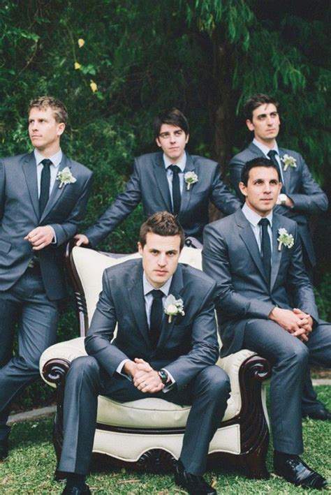 Awesome Wedding Photos by 18 Awesome Wedding Photos With Groomsmen That You Can T