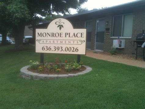 monroe appartments monroe place apartments cypress management