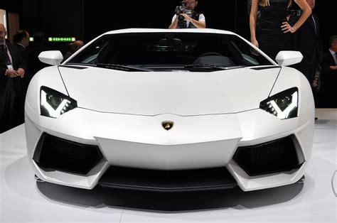 lamborghini front luxury lamborghini cars lamborghini aventador white