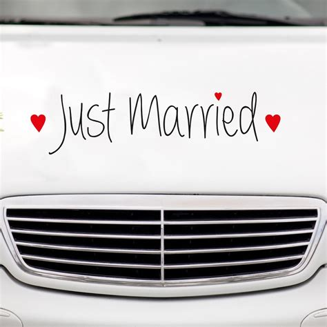 Auto Mit Just Married by Autoaufkleber Quot Just Married Quot Mit Herzen Hochzeitsaufkleber