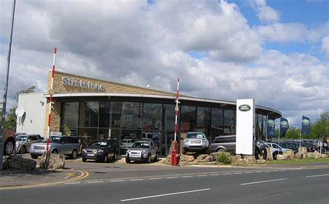 stratstone land rover dealership 169 roger smith geograph