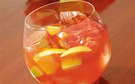 lisas holiday red punch 22 best easter cocktails images on easter cocktails cocktail recipes and cocktails