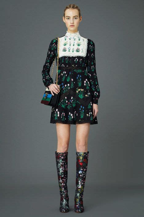 Valentino Joins The 90s Image Trend For His Ad Caign by 1000 Ideas About 1990s Fashion Trends On