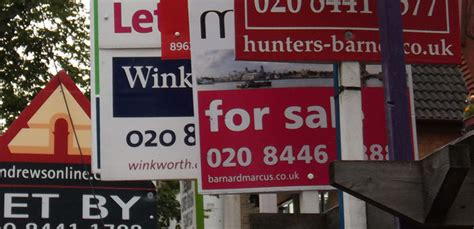 buy the house estate agents choosing the right estate agent to sell your house house buy fast