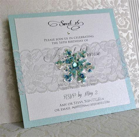 Winterliche Hochzeitseinladungen by Snowflake And Lace Invitation Winter Frozen