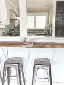 Half wall breakfast bar home design ideas pictures remodel and decor