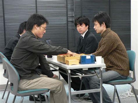 Mr Hoki takodori s entrance to shogi world bonanza was defeated by the top two