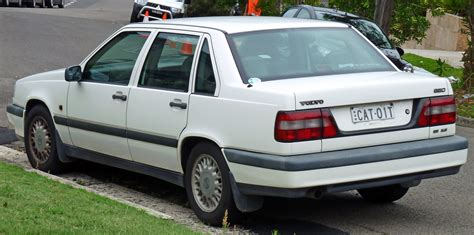 how petrol cars work 1994 volvo 850 free book repair manuals file 1994 1997 volvo 850 se 2 5 sedan 2011 01 13 02 jpg wikimedia commons