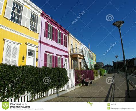 imagenes de casas urbanas casas urbanas de la calle de la ciudad urbanas imagen de
